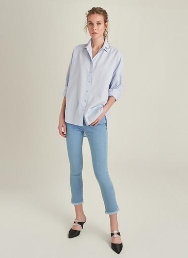 NGSTYLE Yakası Taş İşlemeli Oversize Gömlek Mavi